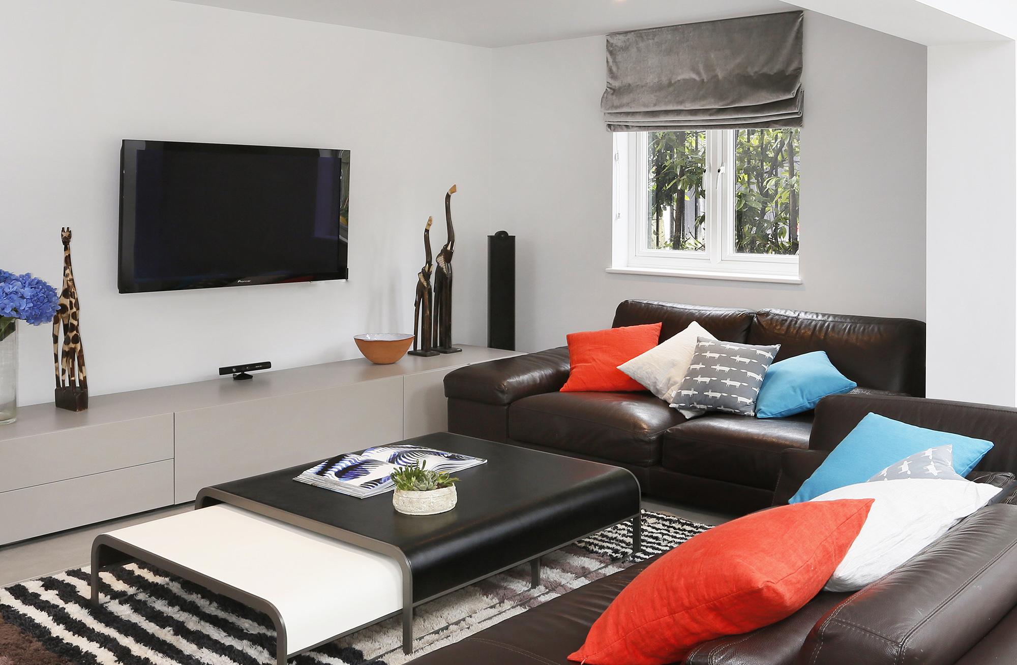 Contemporary family house interior design pics