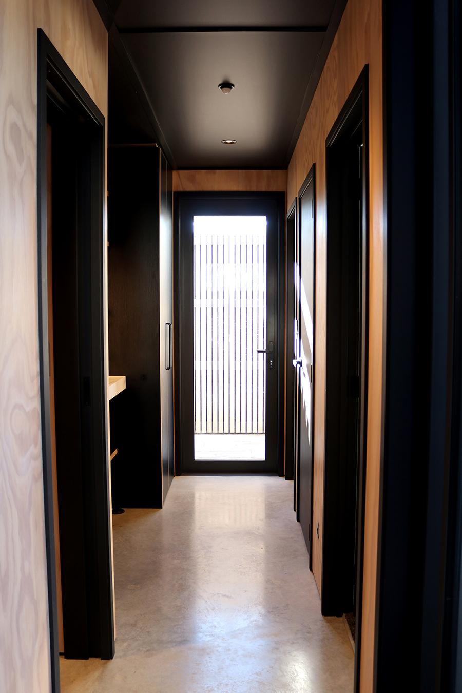 23. Interior_01.jpg