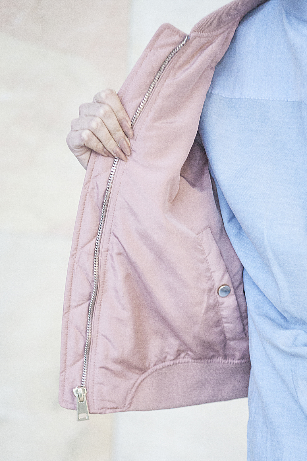 Inside out: Rediscover your wardrobe www.prettyugly.eu