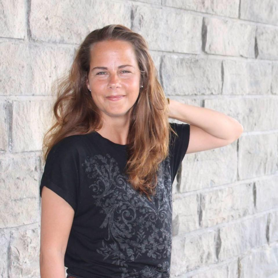 Sandra Pilarczyk - Sandra Pilarczyk ( pronounced PEELARZEEK) is a mentor to introverted business owners assisting them in creating and leading sustainable businesses on their own terms, and helping them to share their authentic messages, backed up with powerful, sound business strategies.Website: www.fearlessandlive.comFacebook: https://m.facebook.com/themrsintrovert/