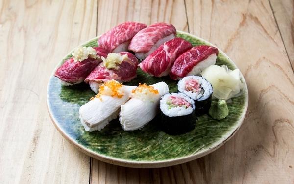 肉寿司盛り合わせ 3.jpg