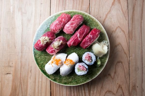 肉寿司盛り合わせ4.jpg