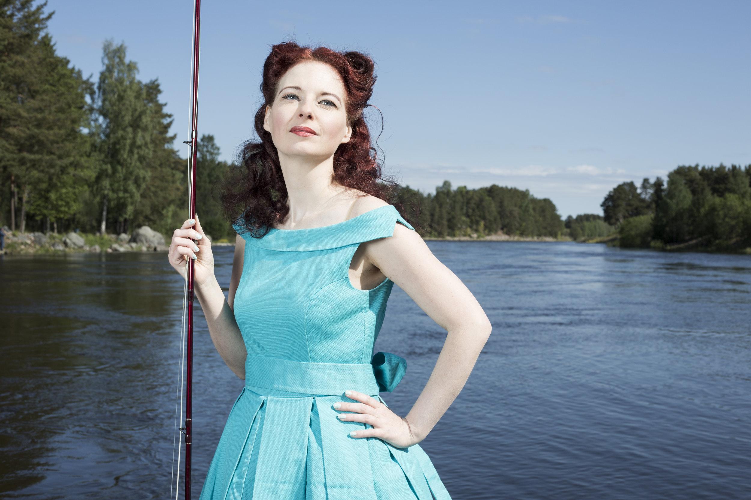 FISKA Fiska i Dalälven. Eller boka in en kurs i flugfiske hos   Sivan  , kapten för damlandslaget i flugfiske.