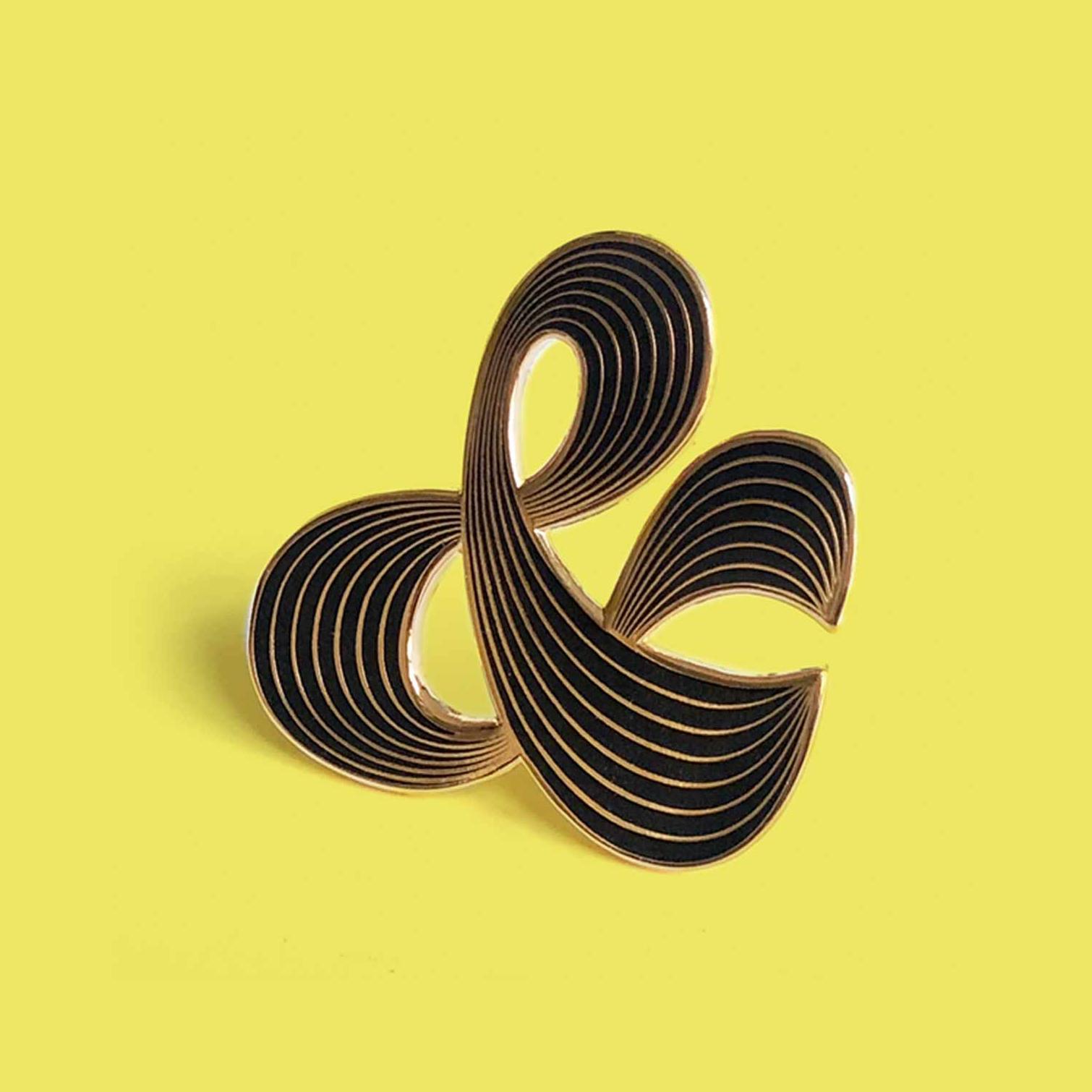 Black Ampersand Brooch   €12,00