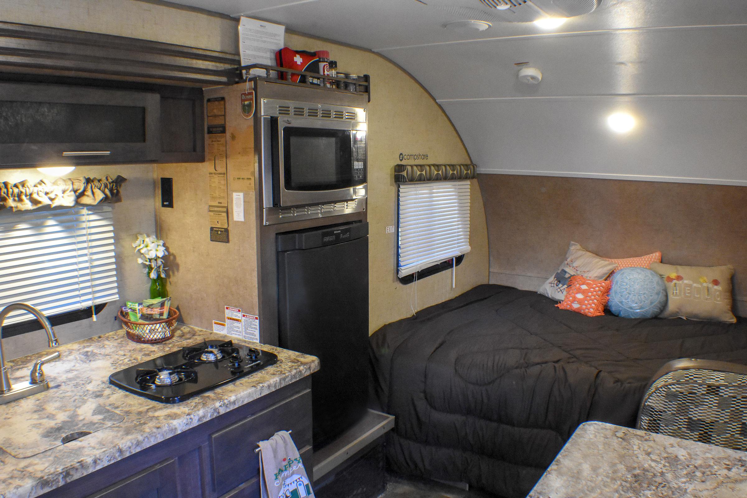 Campshare Muskegon Camper Rentals 13.jpg