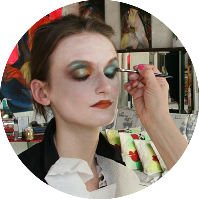 Thumb-Media-Makeup-Runway-Editorial-Fashion.png