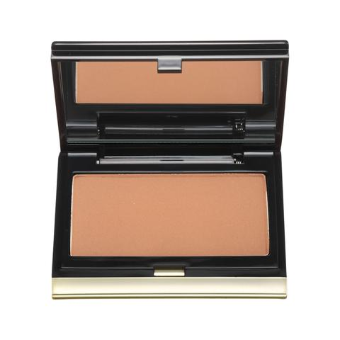 Define features with the kevyn aucoin sculpting powder. shown in