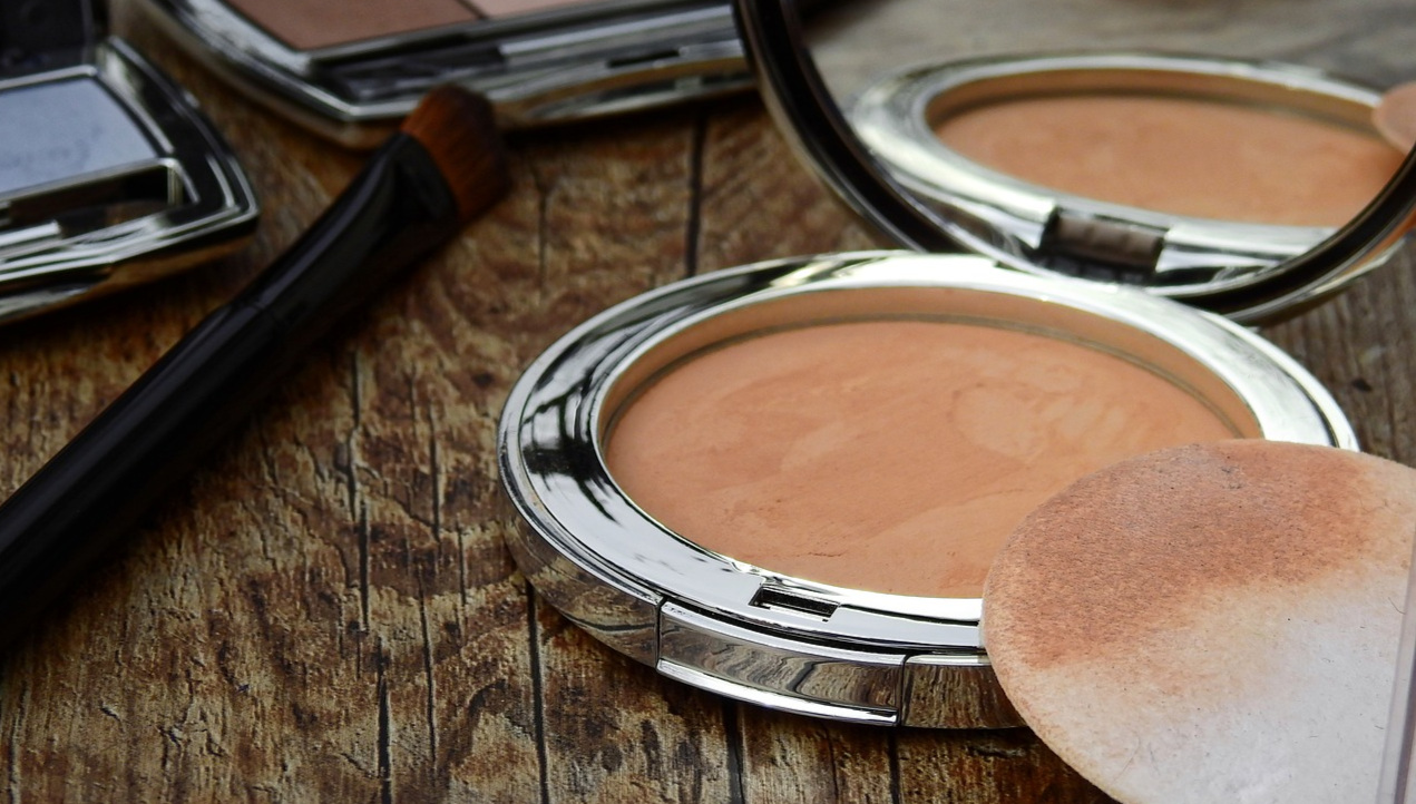 cosmetics-2116386_1280.jpg