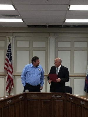 County Attorney Martin Hatfield, was recognized by the Pulaski County Fiscal Court for his Outstanding County Attorney of the Year award. Fiscal Court awarded Mr. Hatfield the title of Pulaski County Colonel for his dedicated service to our community. Pictured above is Pulaski County Judge Executive Steve Kelley alongside Mr. Hatfield after the presentation of the award.