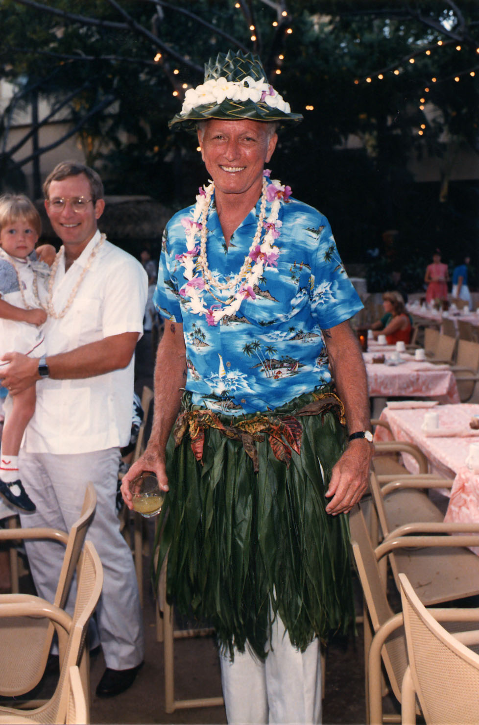 At the DAC Society meeting luau on Maui, 1986.