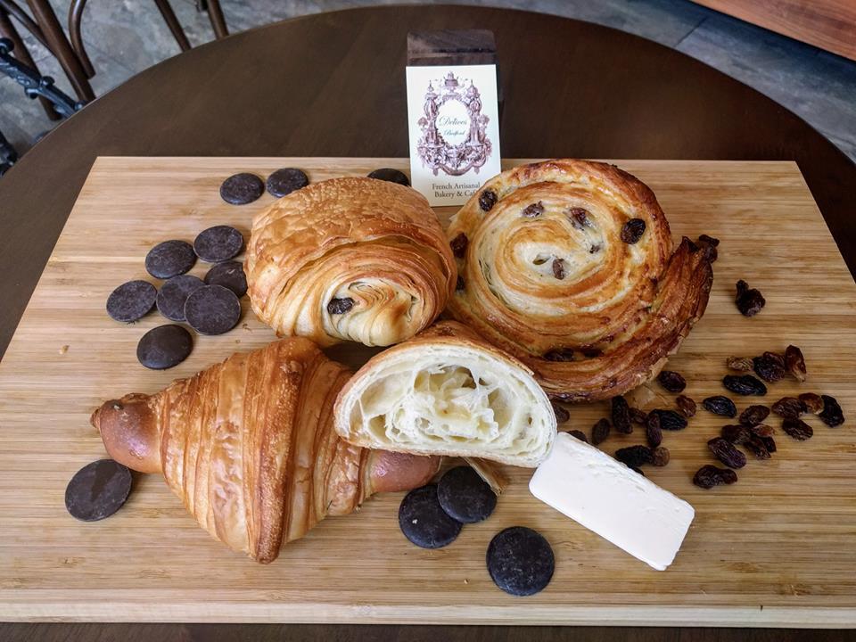 Croissants, pains aux raisins et pains au chocolat: all you can do with the pâte levée feuilletée!