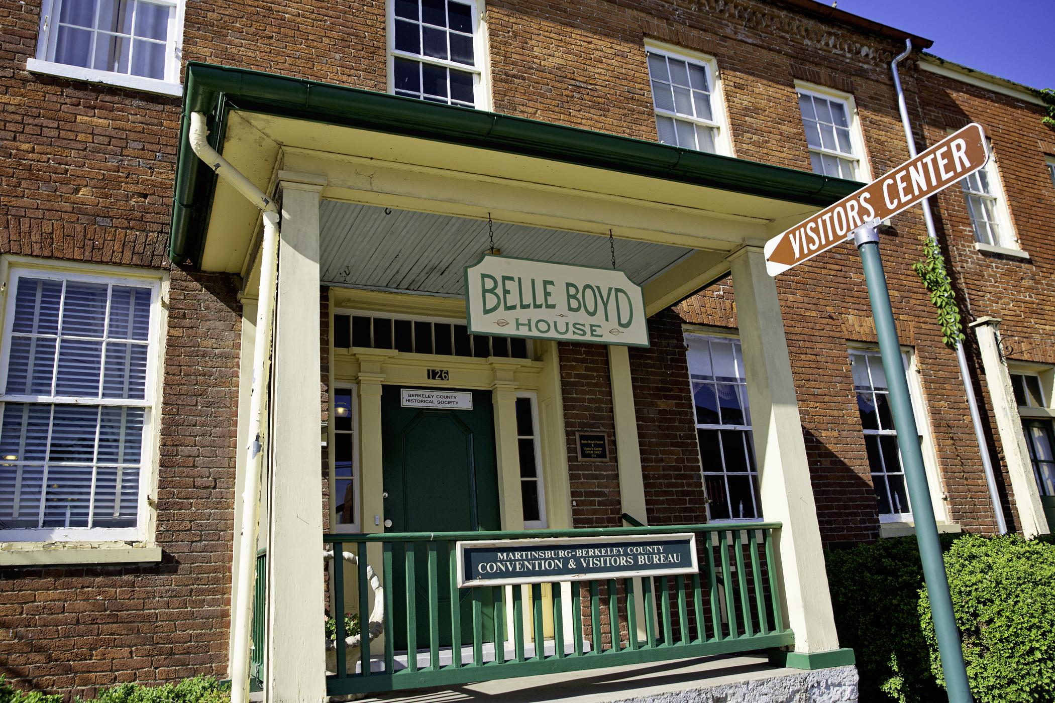 BelleBoydHouse3_2100x1400_300_RGB.jpg