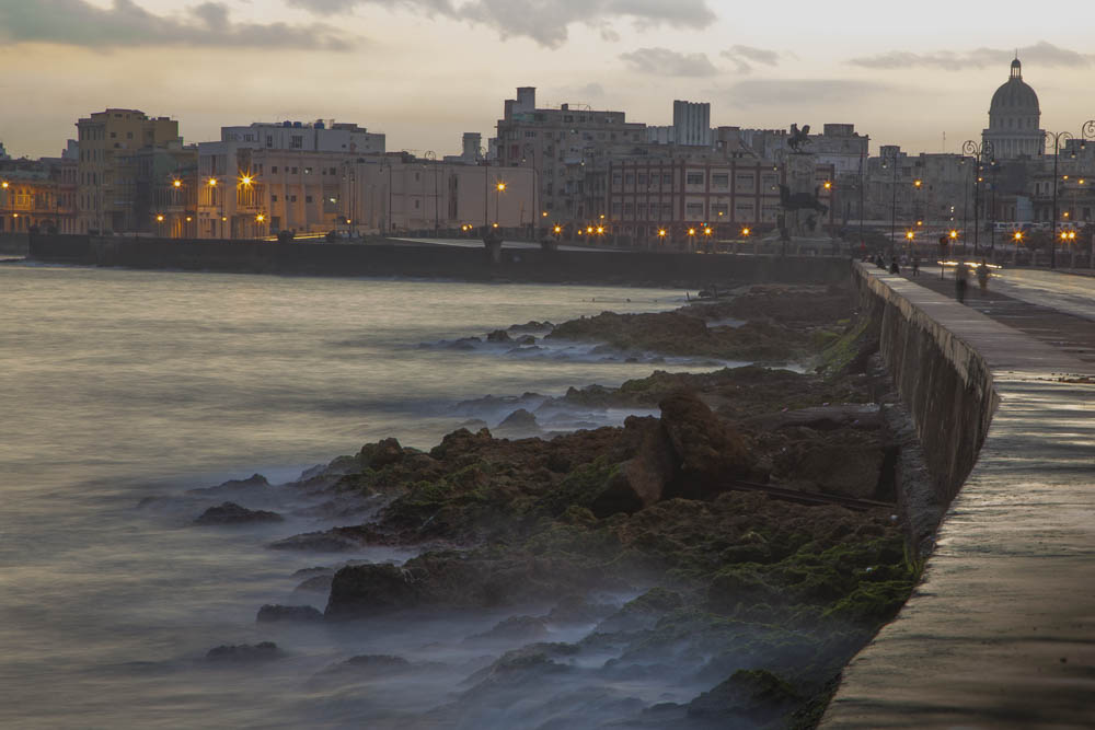 """Malecon at Dawn"""