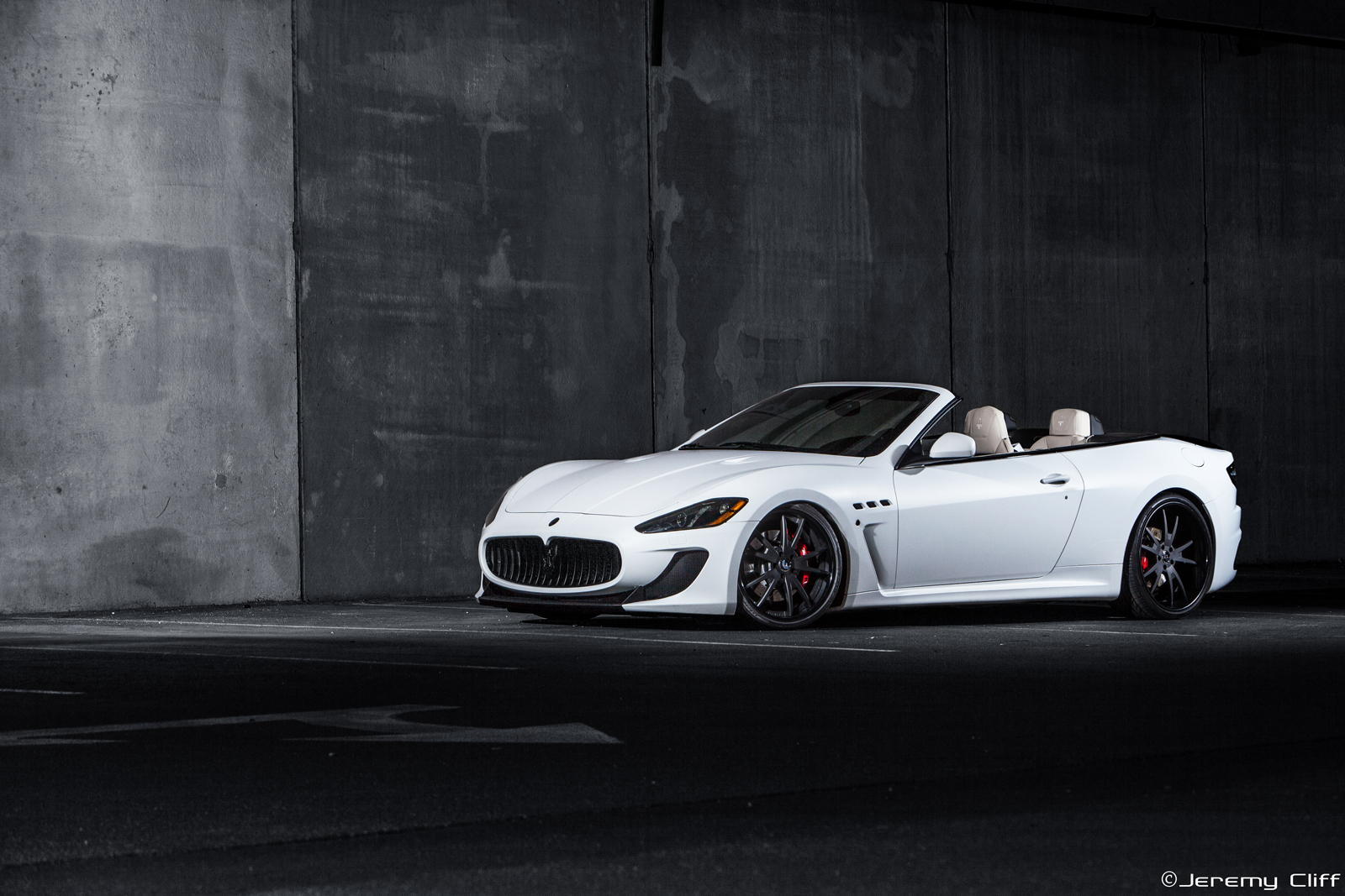 maserati-granturismo-convertible-white-wallpaper-5.jpg