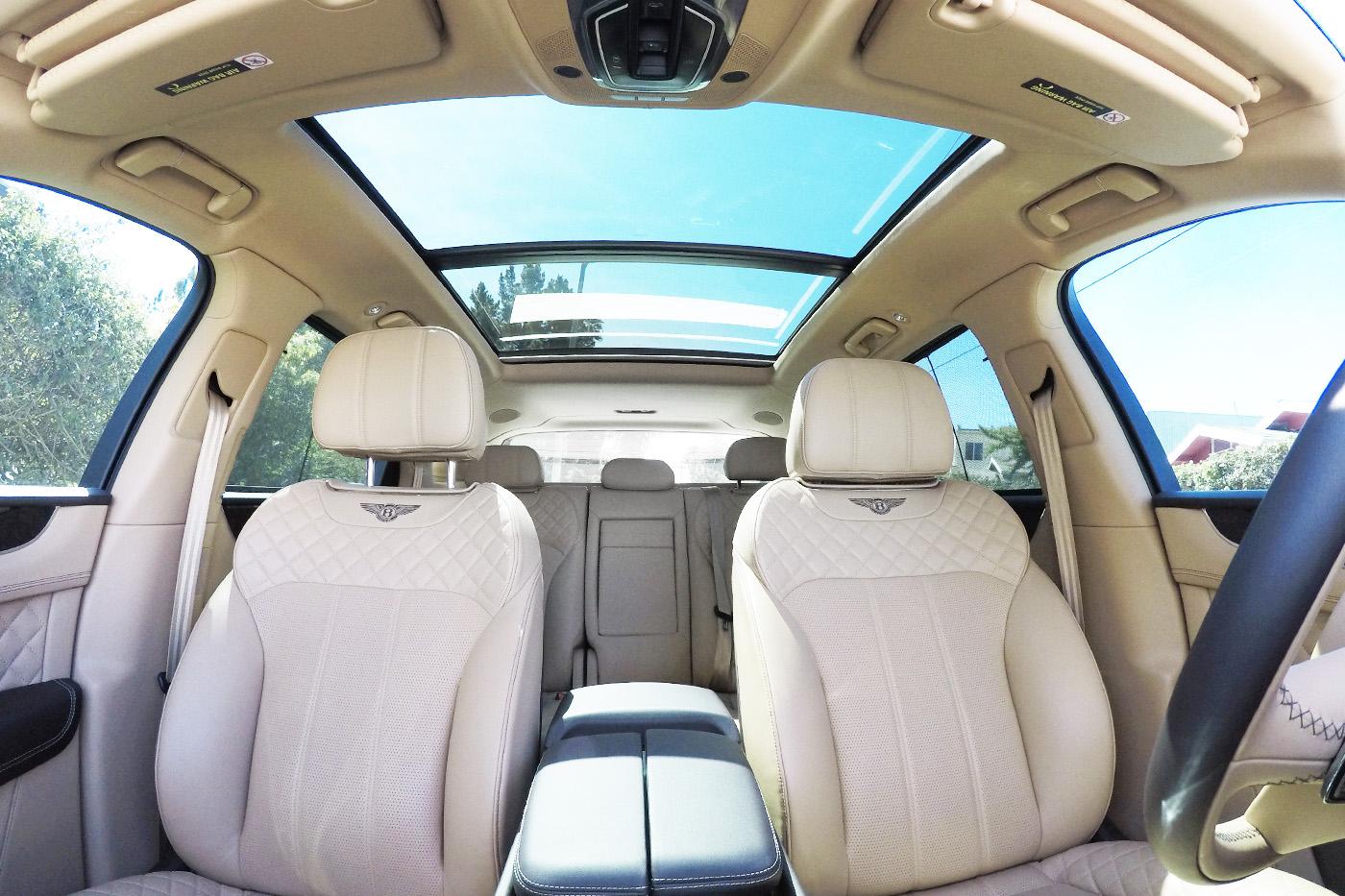 BentleyBentayga_007.jpg