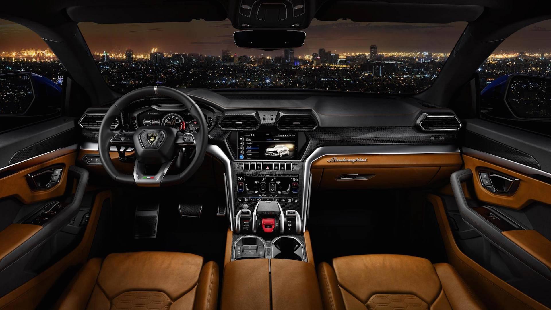 Lamborghini-Urus-Official-3.jpg