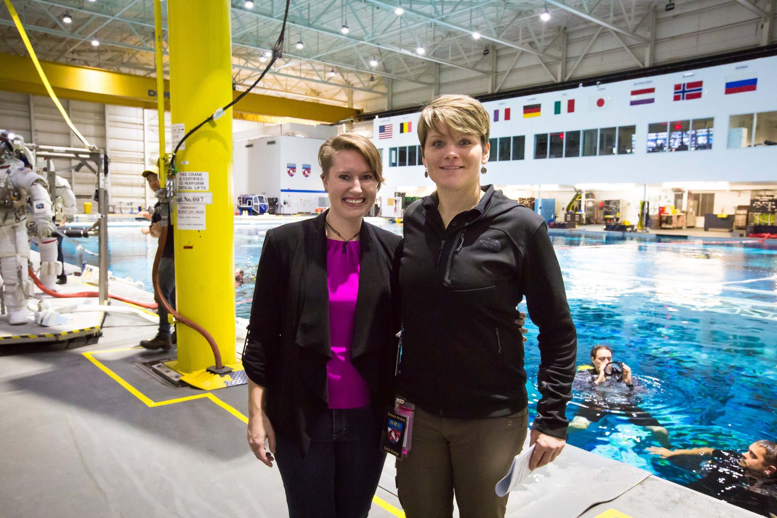 LSU Martian geologist researcher Nicki Button (left) with astronaut Anne McClain (right) at the NASA Neutral Buoyancy Lab. Photo by Paige Jarreau.