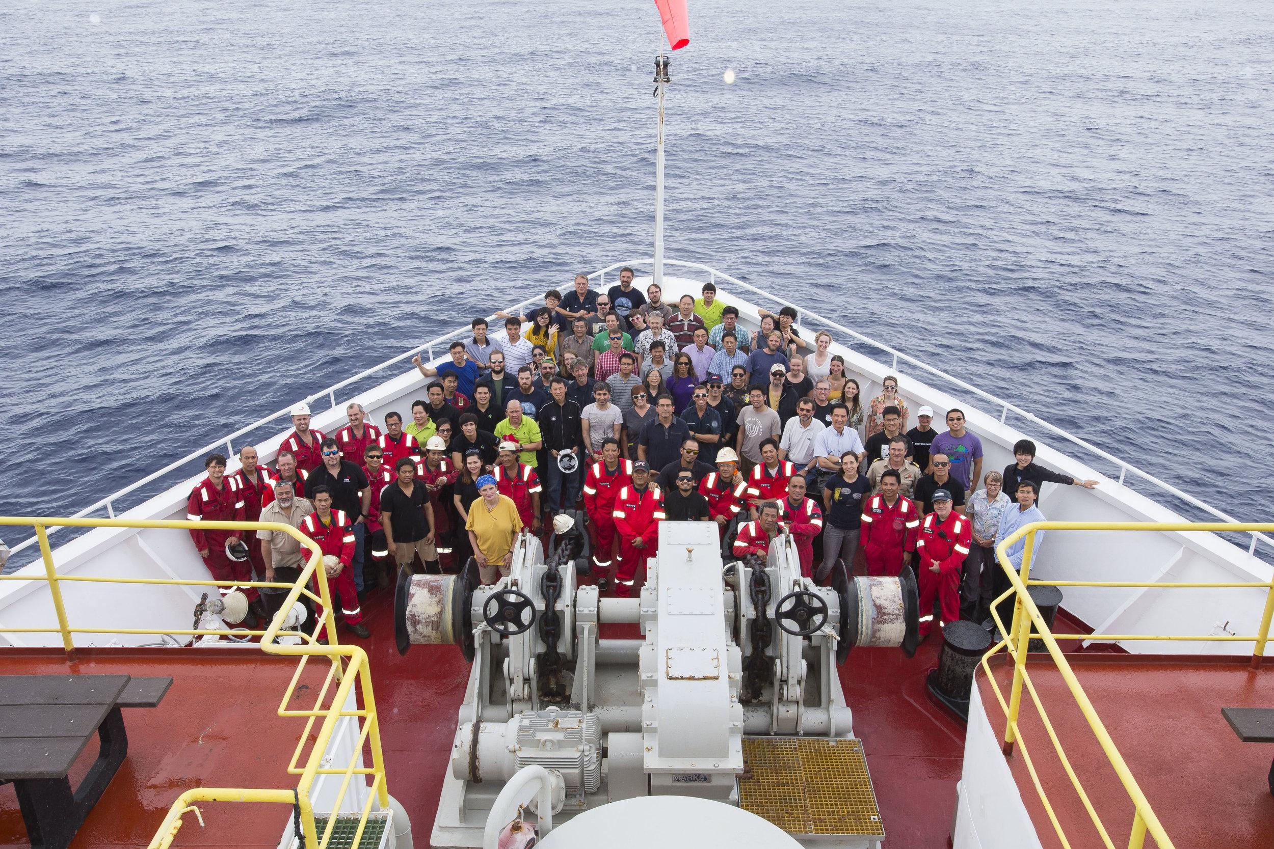 Expedition 368 crew. Photo credit: Tim Fulton, IODP.