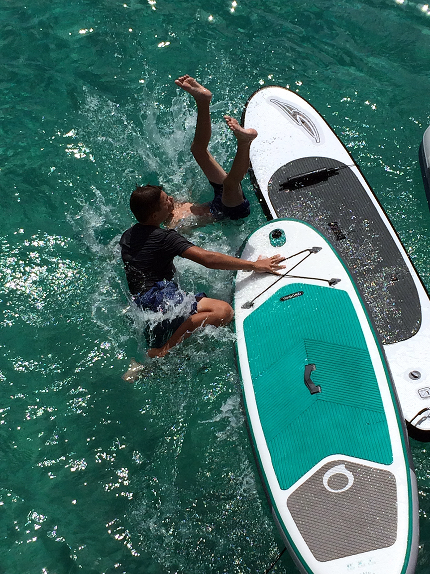 paddle board wars with Hugo and Enzo