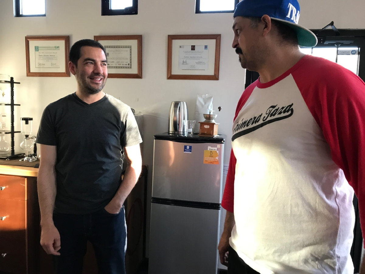Meet Fabian Sanchez Mexico's barista Champion that competed against people from all over the world. We then went on a mini coffee crawl to coffee shops owned by this roaster. They own 9...