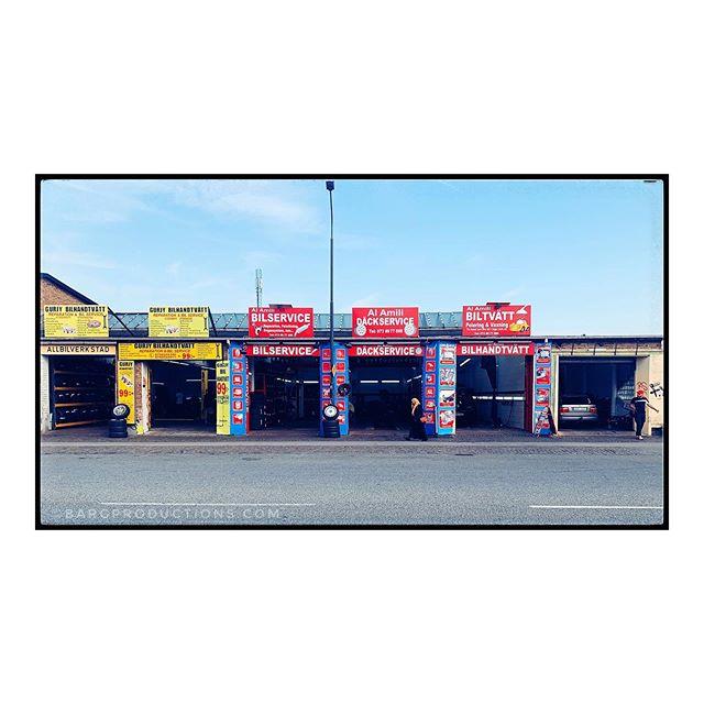 NGBG. . . . #malmö #ilovemalmö #ngbg #norragrängesbergsgatan #architecture #fqgphoto #wanderlust #adventuresincolour #ig_sweden #thephotomotel #thephotosociety #igersmalmoe #bargproductions #igerslondon #snapshotcollective #ruevillemag #impressamag #paradisexmagazine #paperjournalmag #pixsoulmag #aintbadmagazine #somewheremagazine