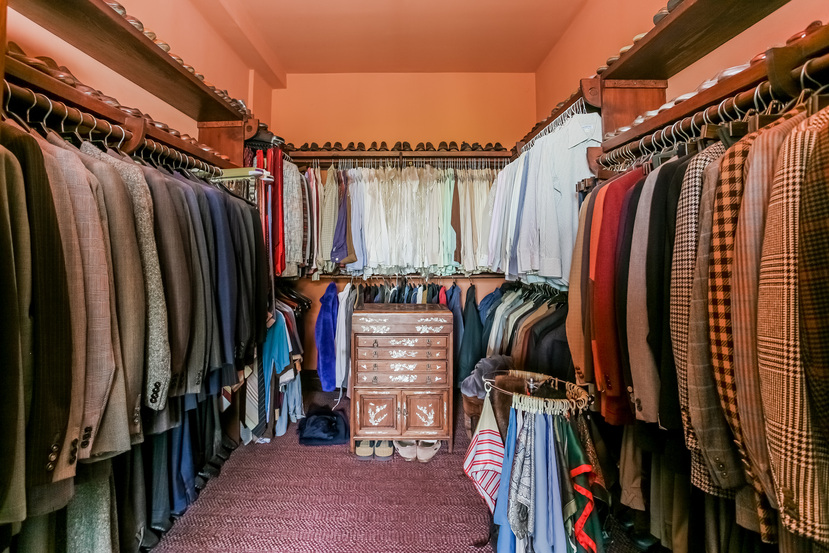 039-Walk_In_Closet-944514-small.jpg