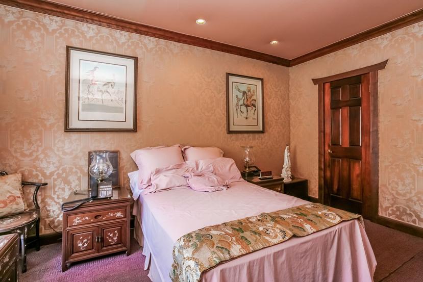 044-Bedroom-944483-small.jpg
