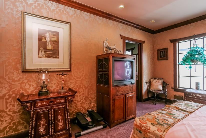 045-Bedroom-944490-small.jpg