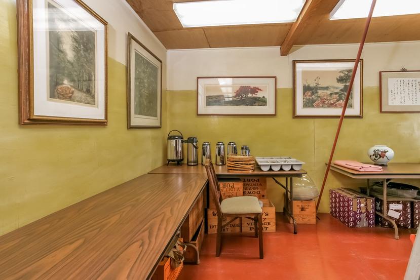065-Kitchen-944524-small.jpg