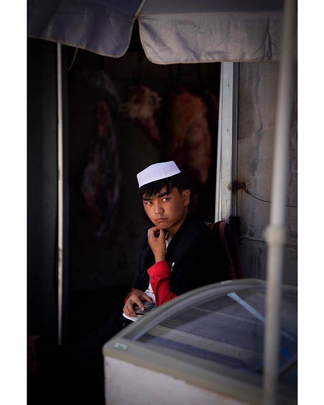The butcher - Qilian, 2018 . @leonardonclt . . . . . . . . . . . #streetportrait #streetphotography #spicollective #ig_streetphotography #ig_street #lensculture #streetshared #alphacollective #streetphotos #alphauniverse #sonycollective