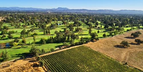 Santa-Rosa-Santa-Rosa-Golf-Country-Club-aeriel-view-wineries-clubhouse-960x410_rotatingGalleryFront.jpg