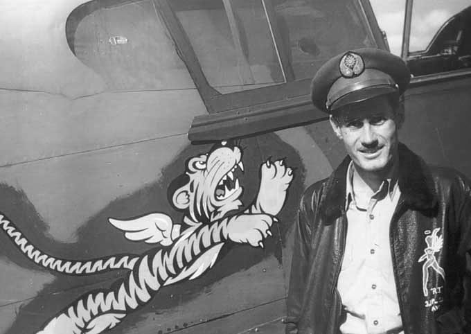 Flying_tigers_pilot.jpg
