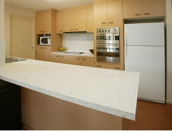 22 Shauns 2 (Bench Top Makeover).jpg