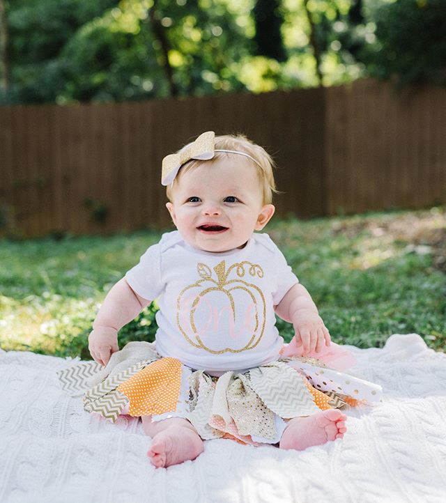 Happy Saturday friends! Heading up to Chattanooga today to celebrate our niece's first birthday 💛 Isn't she just the cutest?!