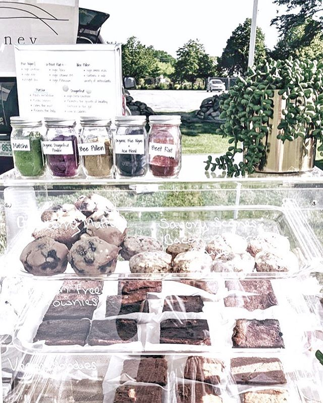 did you know that sydney is on location at the @aquidneckgrowers market in newport and middletown and the pawtuxet village farmers' market every week? come say hi, have an 🥑 🍞, and a cold lemonade and bring home some fresh baked goods!