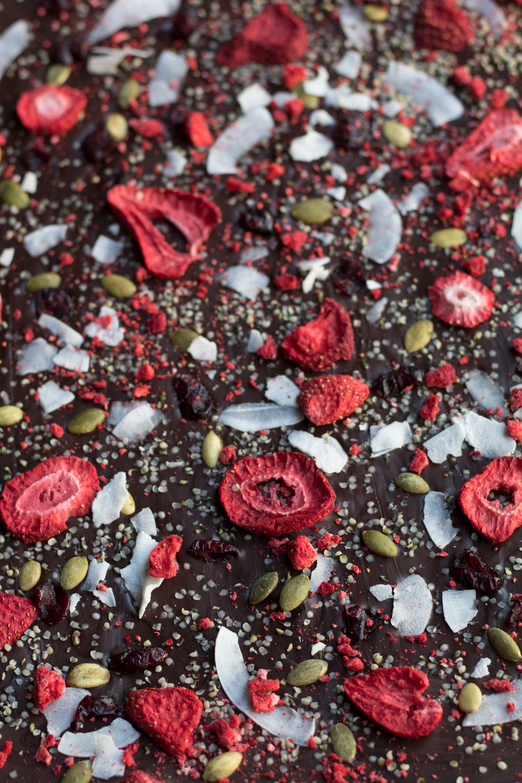 antioxidant-chocolate-bark-1.jpg