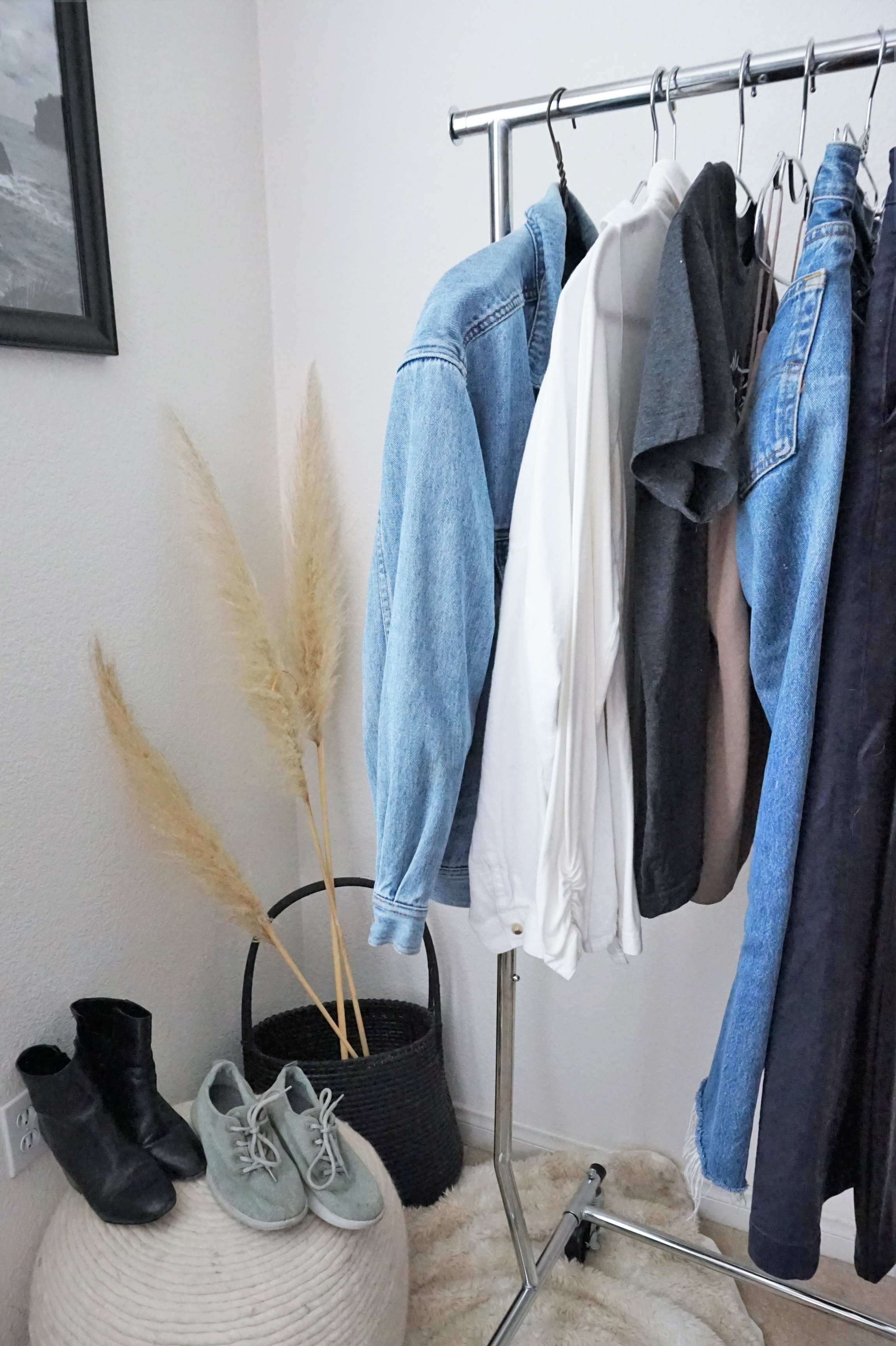 10x10 minimal clothing style challenge