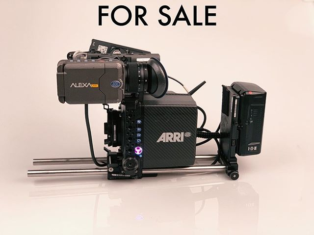 Selling my Alexa Mini package. Send me a DM or email if you're interested. . . . #alexamini #arrialexamini #alexa #arri #cinematography #dp #camera #directorofphotography #setlife #sonyvenice #largeformat #lf #transvideo