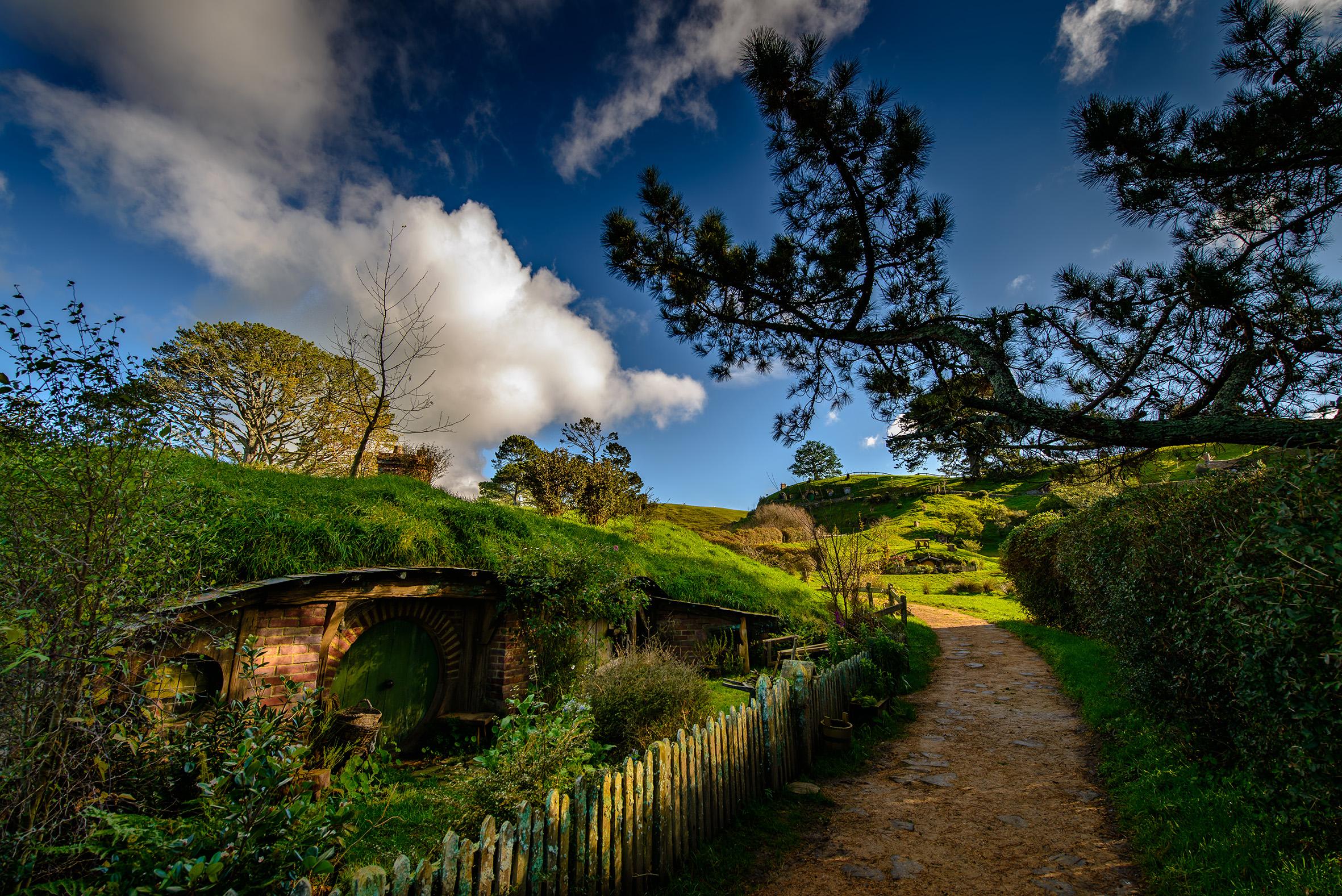 Hobbiton path.jpg
