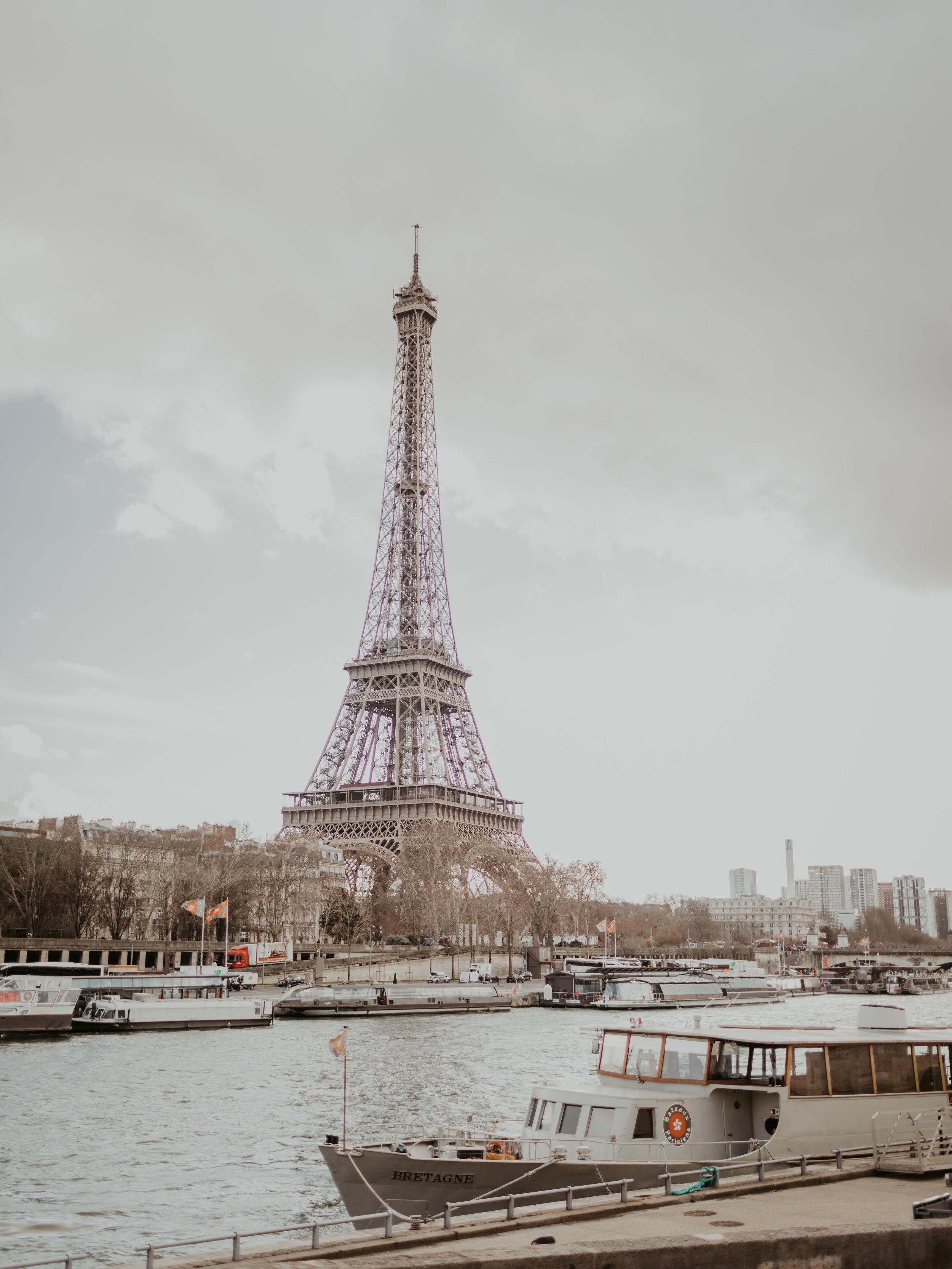 Hillary & Jake in Paris_year10 (165 of 165).jpg