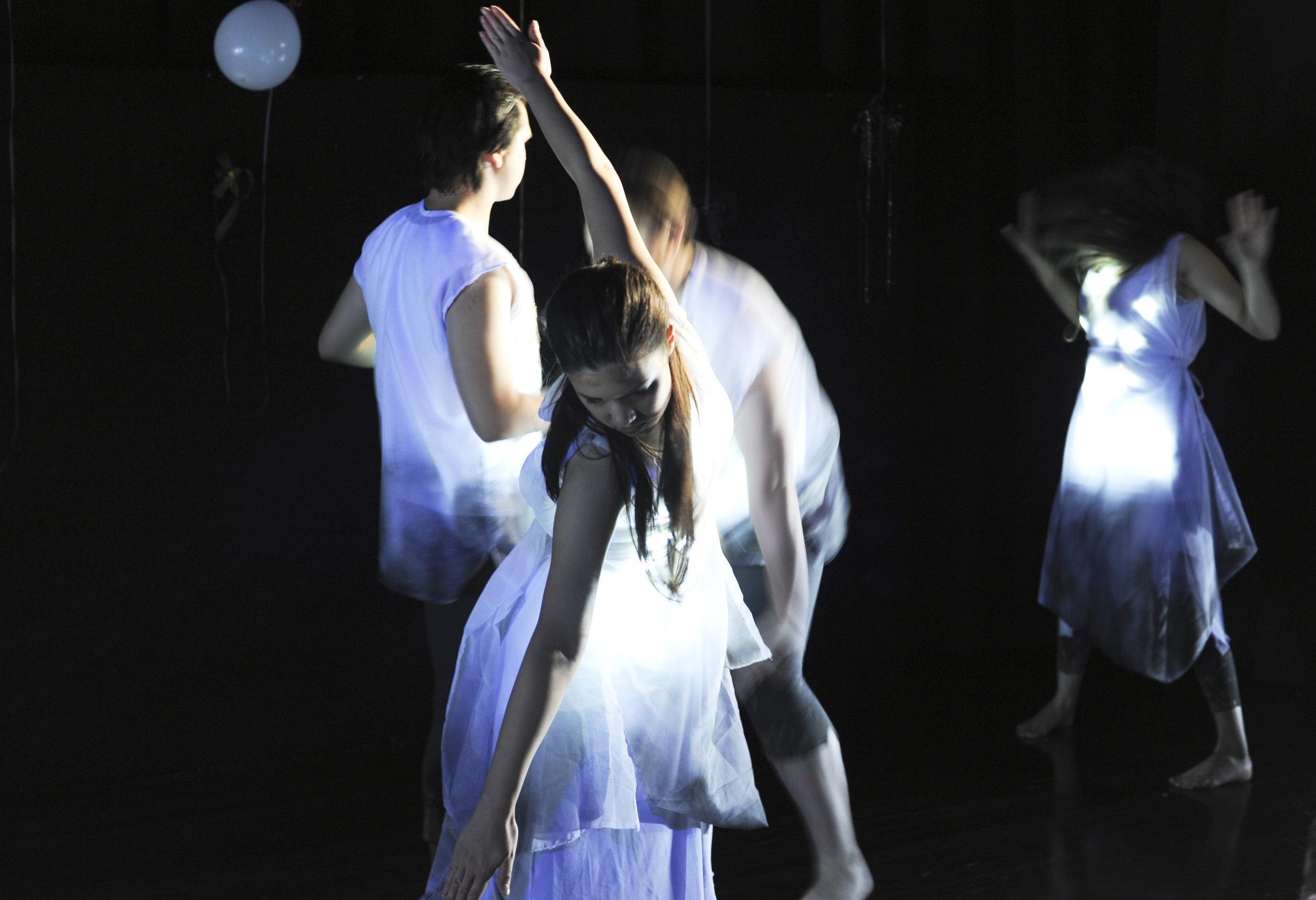 Ensemble PHYSICAL STAGES: LOCK & KEY AIM Dramatic Arts 2013 📷 courtesy of AIM