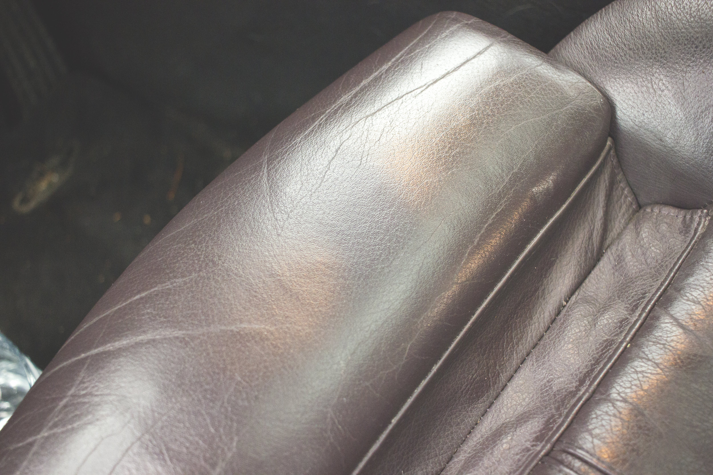 Mömus bmw e39 aubergine leather interior sport seats Before