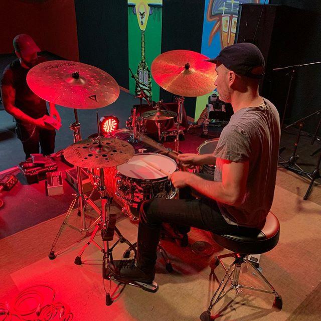 Masterclass 18h et concert 21h de l'exceptionnel Nate wood  L'ecole @drumandgroove & @buddydrumshop vous attendent pour cet event unique en France  #natewood #four #drumandgroove #buddydrumshop