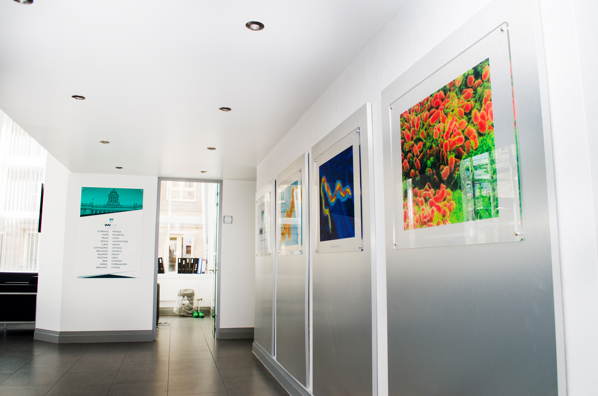 A crisp and contemporary interior for  IMI Clinic, Leeds