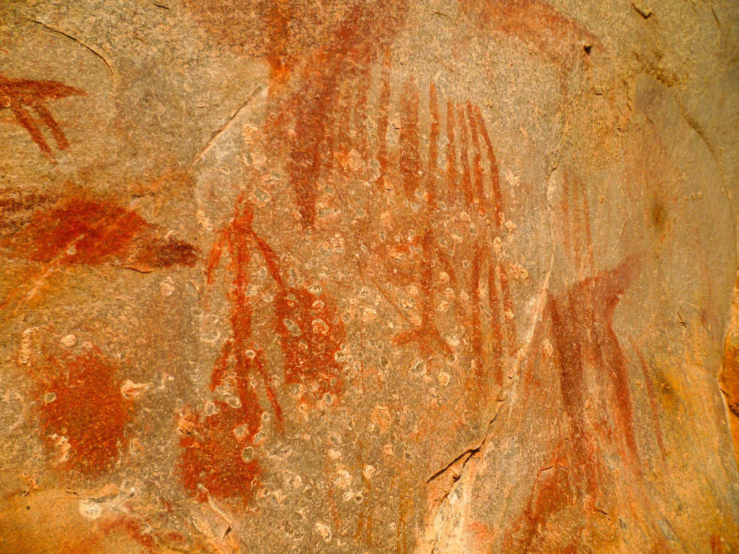 Mesmerising Tanzanian rock art from thousands of years ago still telling its story…