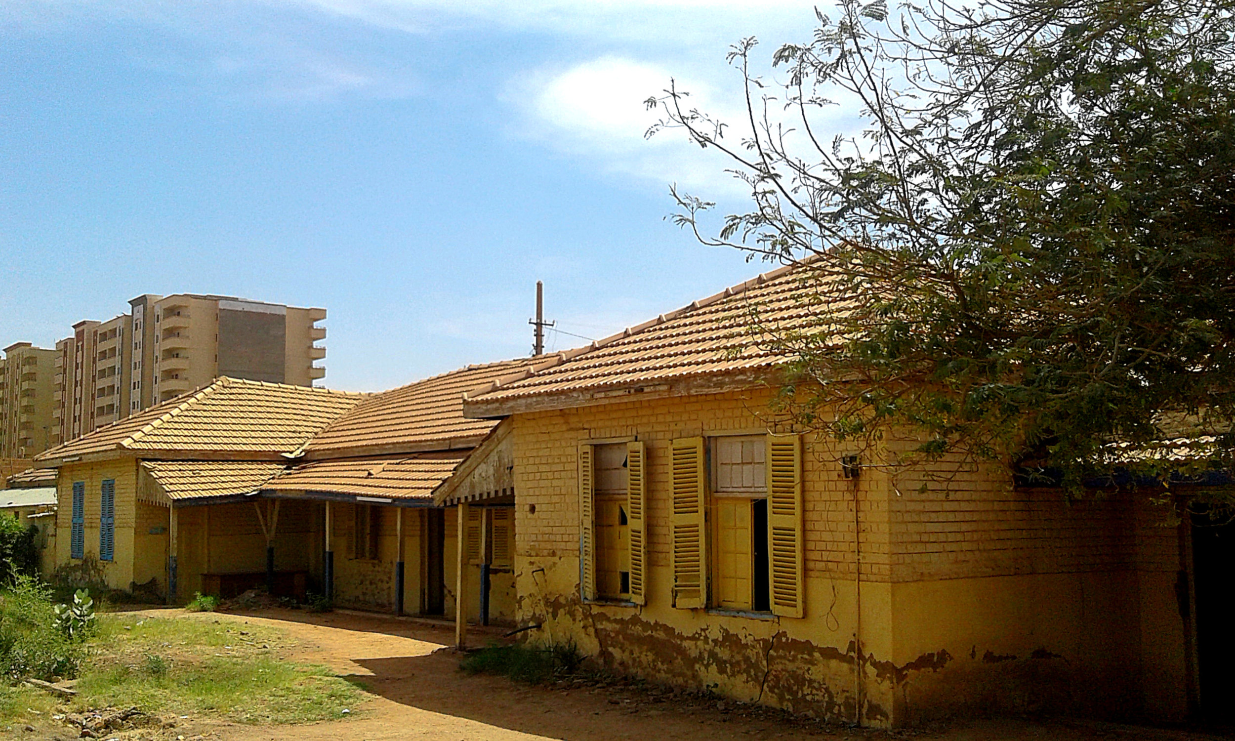 The not so derelict offices of the Sudanese Railway Corporation…