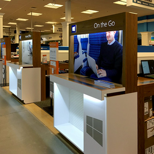 <strong>MicroCenter</strong> - Merchandising / Shop-in-Shop