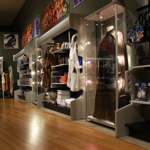 <strong>Star Wars</strong> - Merchandising / Shop-in-Shop