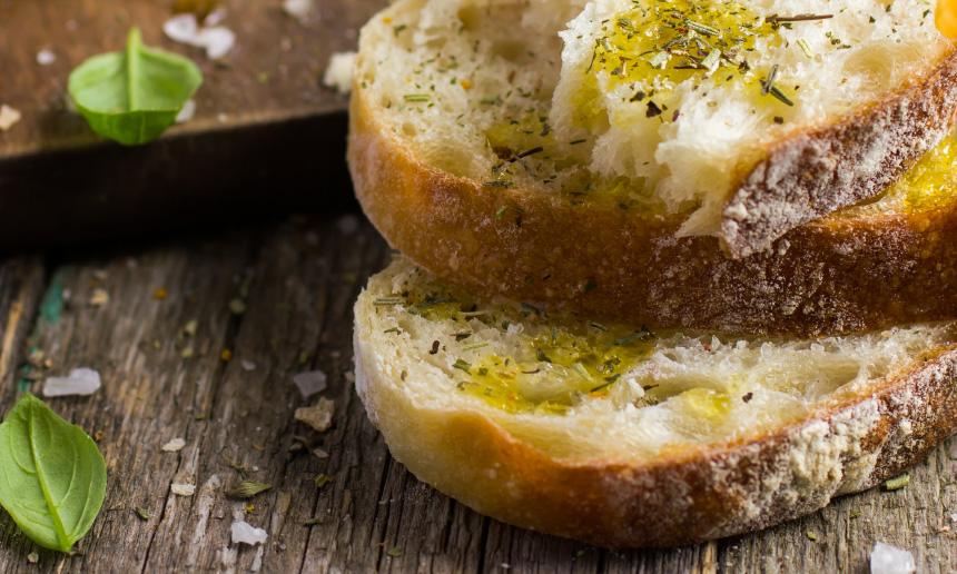 Fresh Sabina bread with Sabina DOP