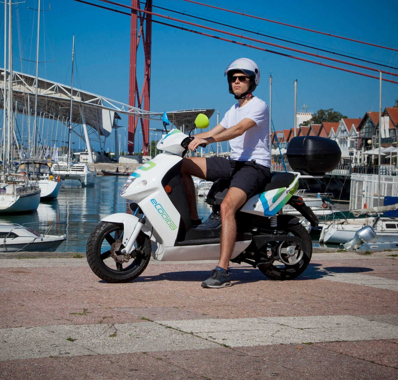 40+ million km - ELECTRICFEEL USERS HAVE RIDDEN BIKES AND E-SCOOTERS THE EQUIVALENT OF 1000 TIMES AROUND THE WORLD.